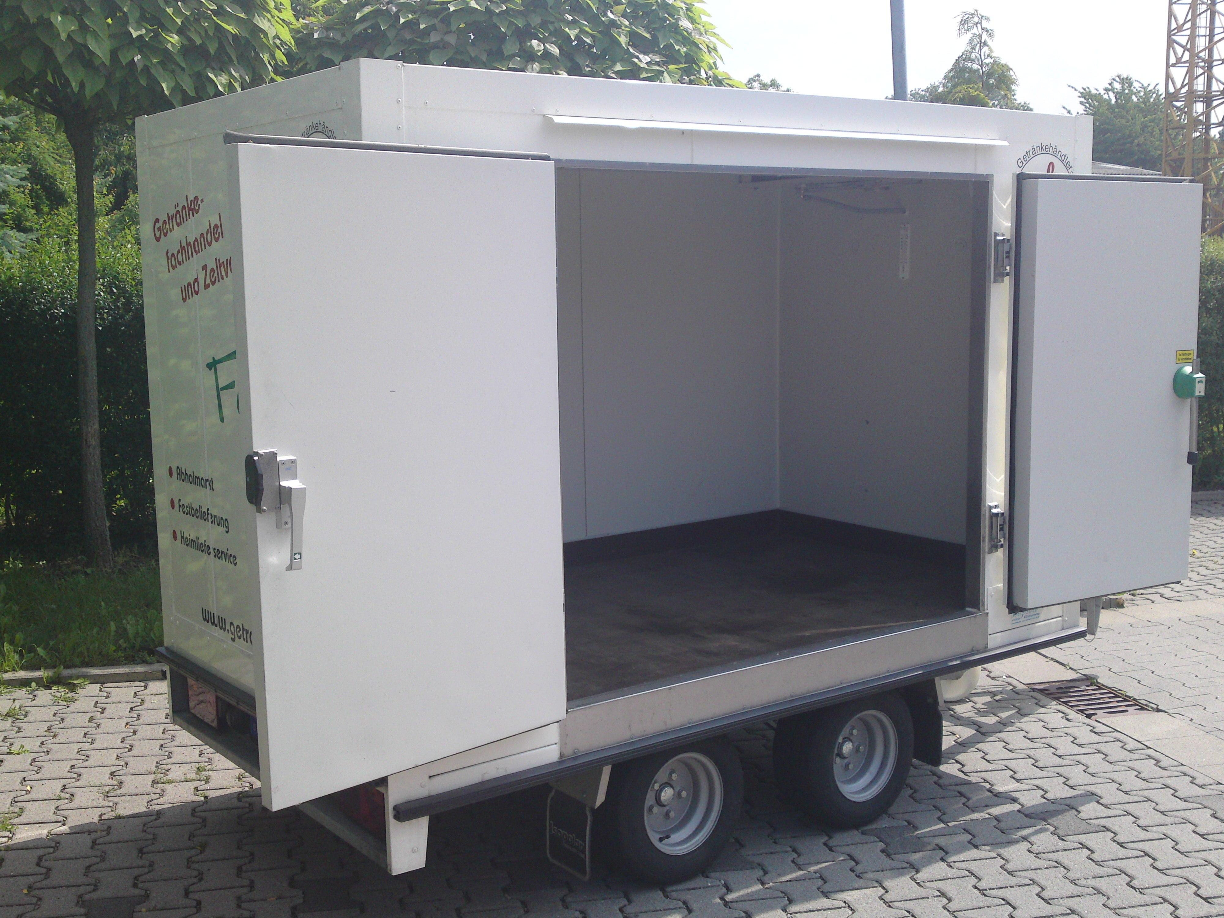 Anhänger - Getränkefachhandel und Zeltverleih Harald Fein